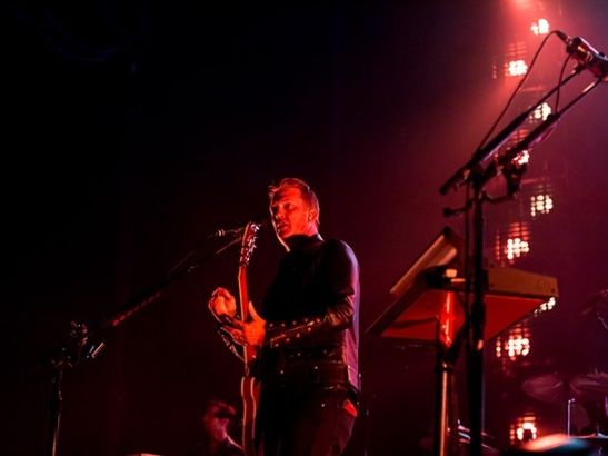 queens_of_the_stone_age_live_sydney_12_070314_608x456[1]